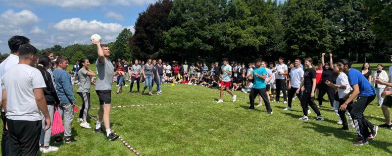 Völkerballturnier im Ostpark– Ein Bericht von Ashley Schilling, 7 a